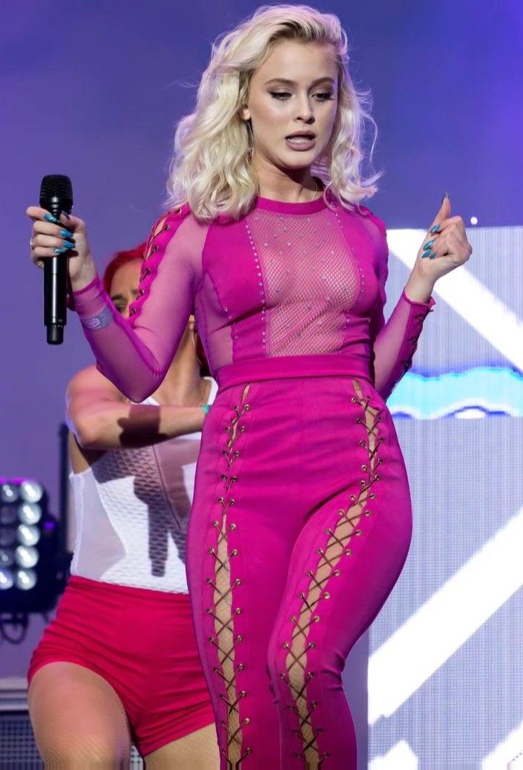 Zara Larsson Sexy 5