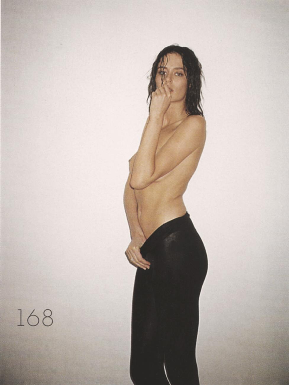 Nicole Trunfio Topless Pi...
