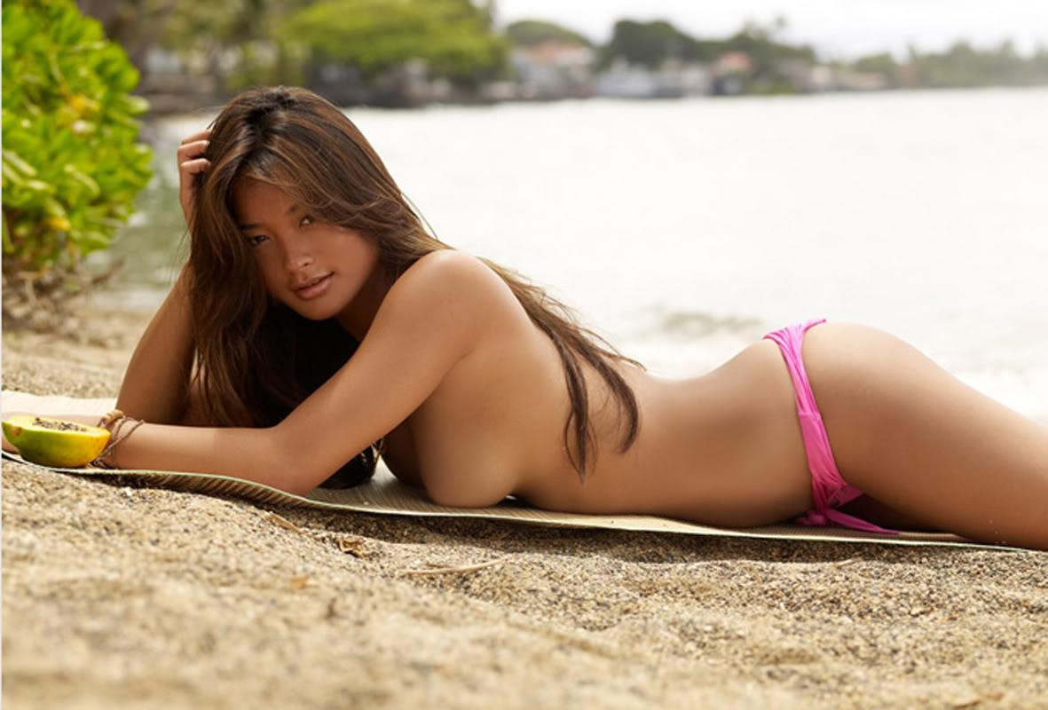 Jarah Mariano Nude (22 Ph...
