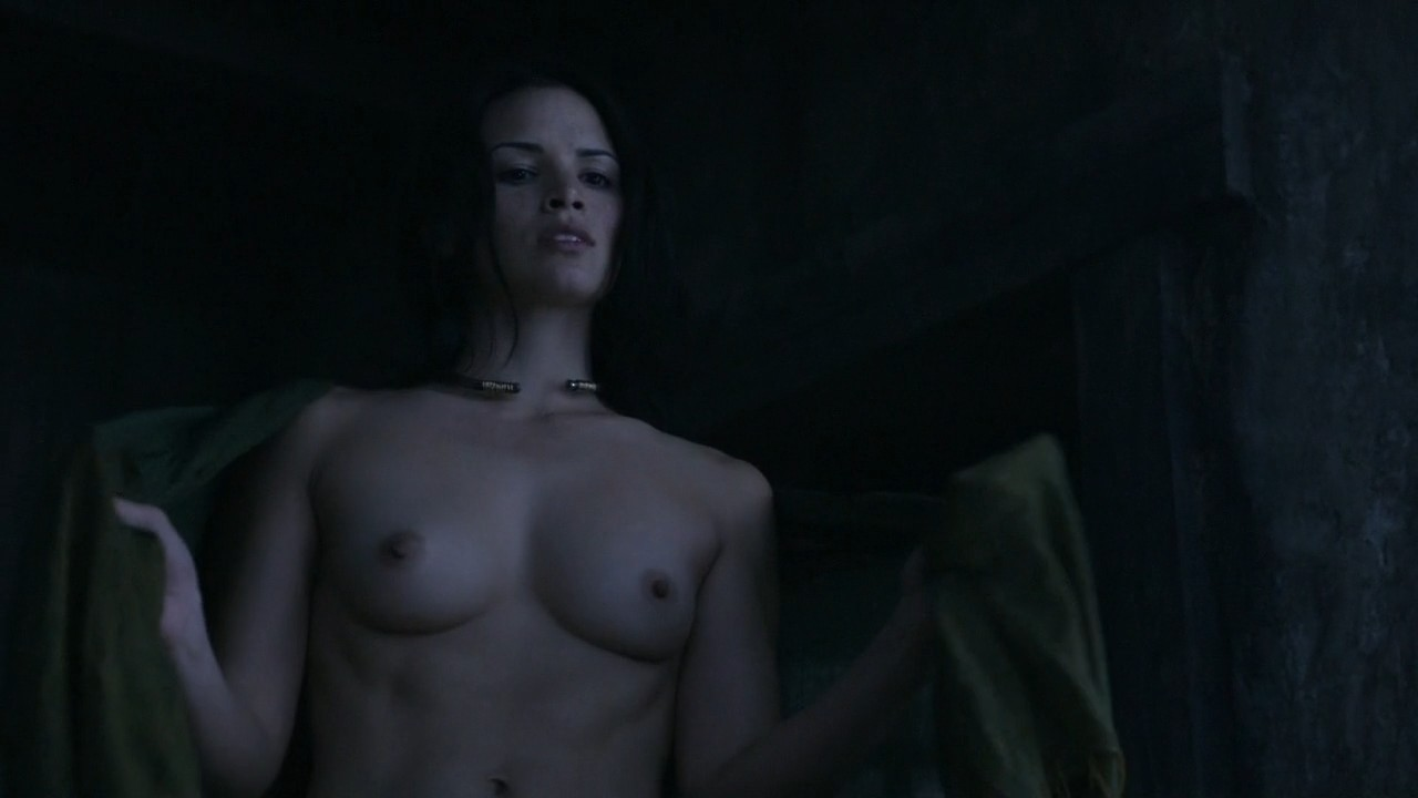 Katrina Law Naked (34 Pho...