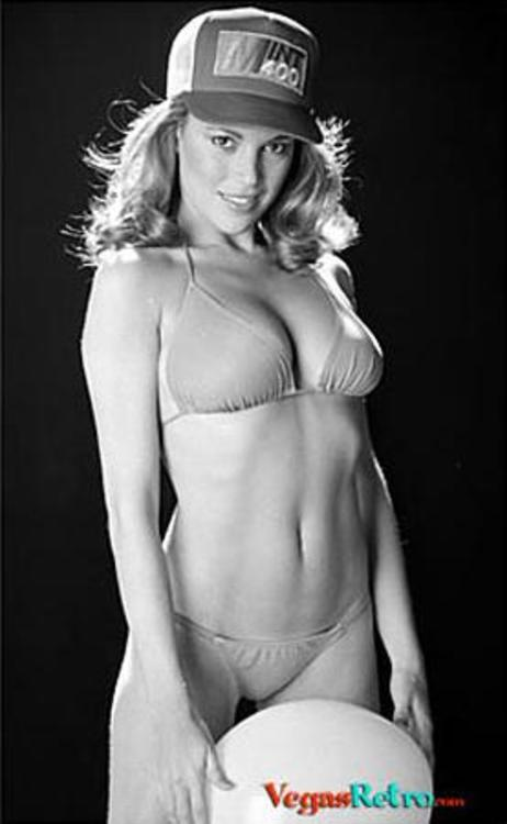 Vanna White Nude (42 Phot...
