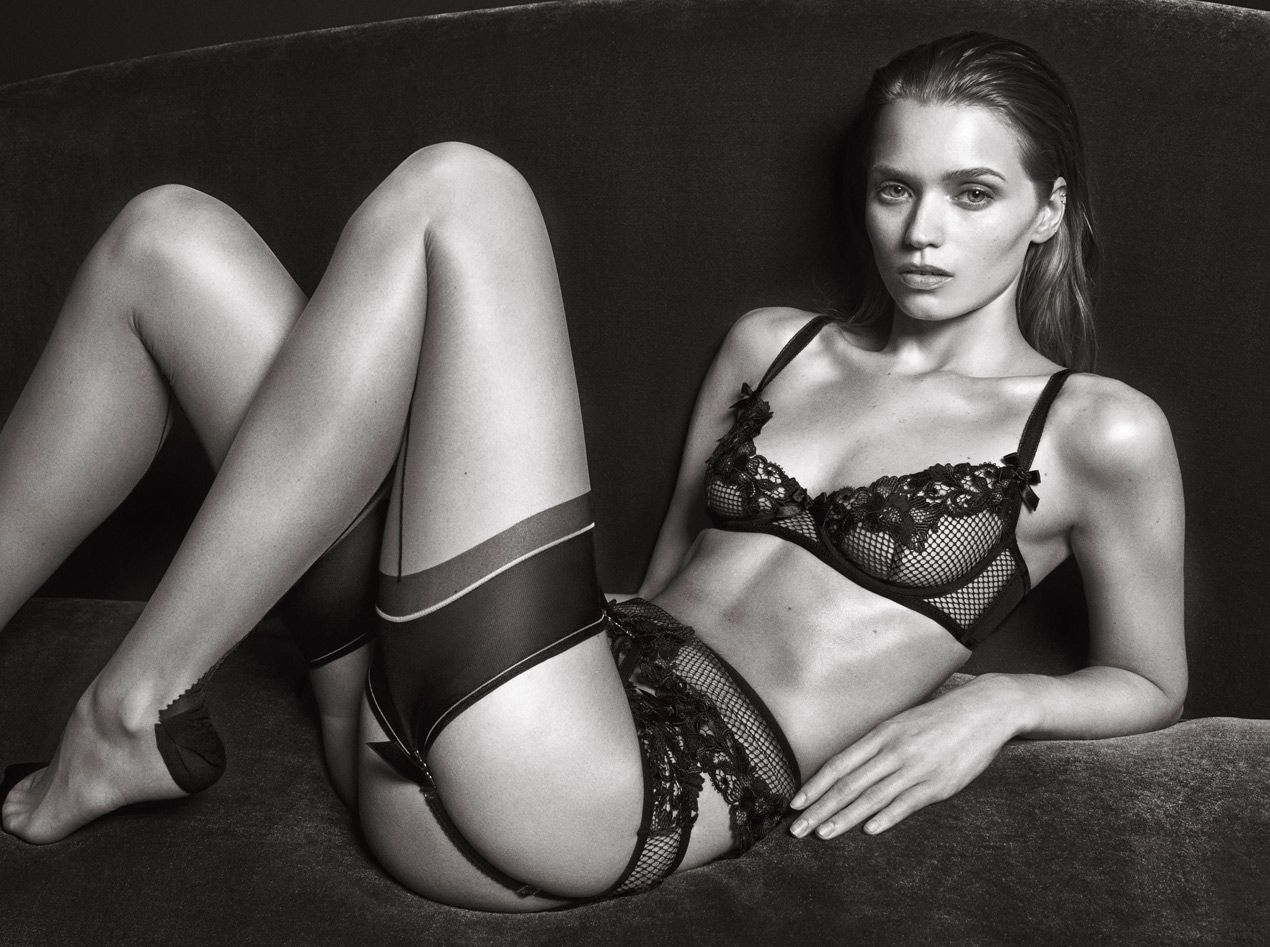 Abbey Lee Kershaw Sexy Ph...