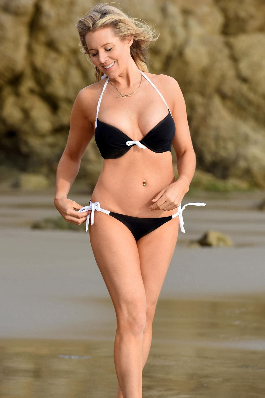 Abi Titmuss Bikini Pics