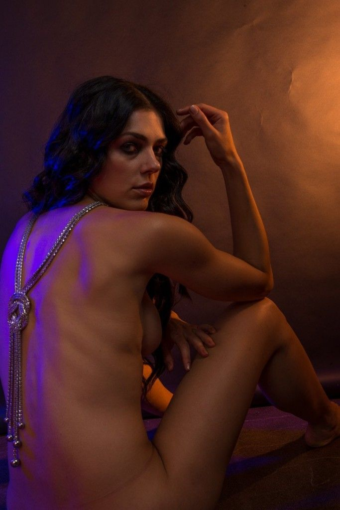 Adrianne Curry Nude (60 L...