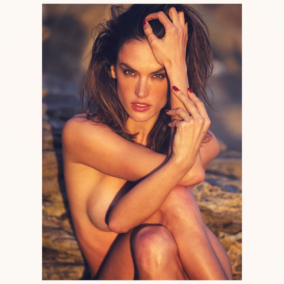 Alessandra Ambrosio Nude ...