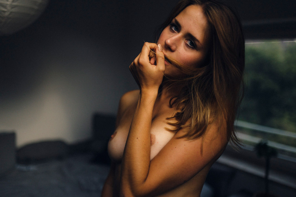 Alina Koch Topless Photos