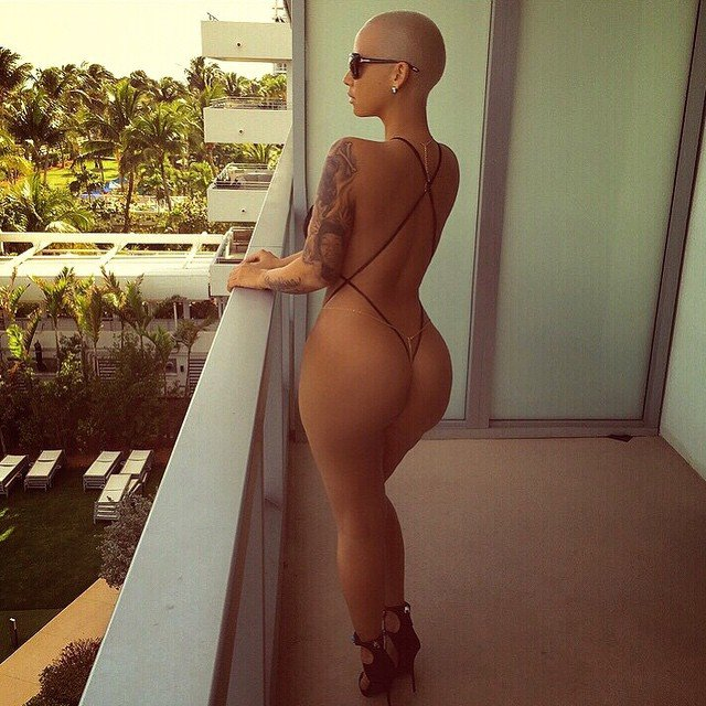 Naked Pics Of Amber Rose