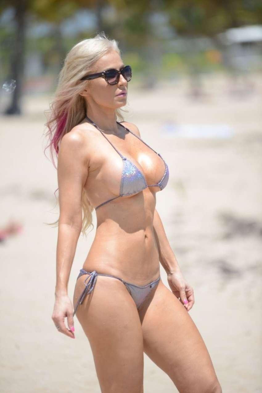 Sexy Pics Of Ana Braga