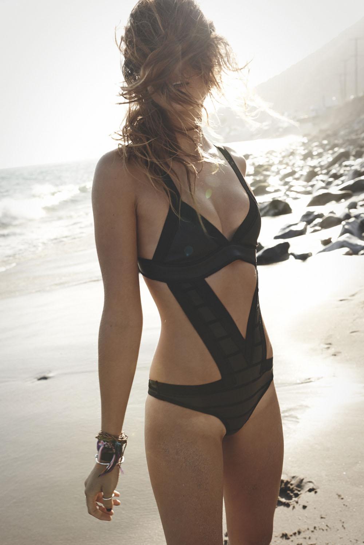Ana Cristina Bikini Pics