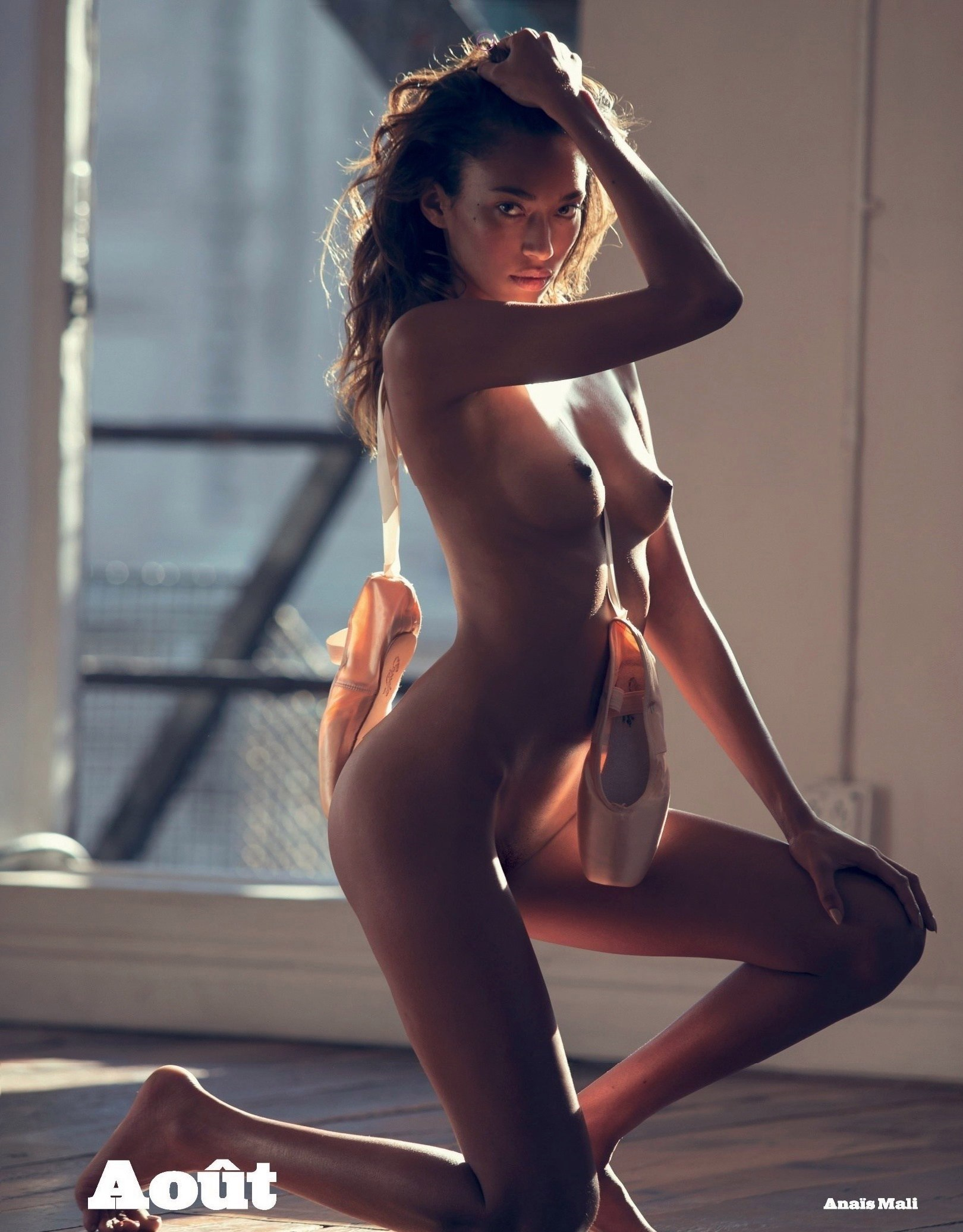 Anais Mali Naked Photos