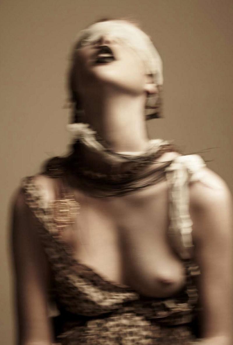 Anais Pouliot Sexy Photos