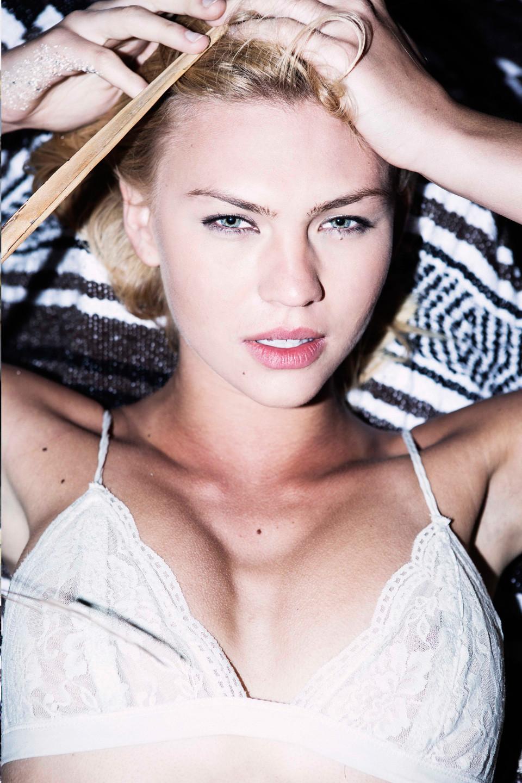 Andrea-Cronberg-Sexy-8