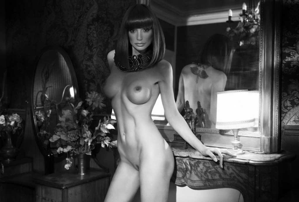 Andrea Lausevic Nude Phot...