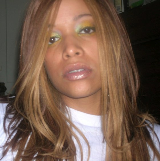Aneesa Ferreira (real Wor...