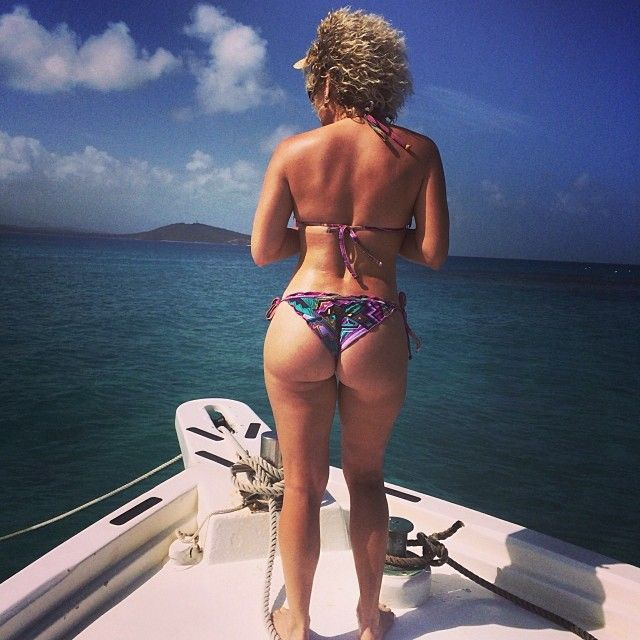 Booty Pics Of Angelique B...