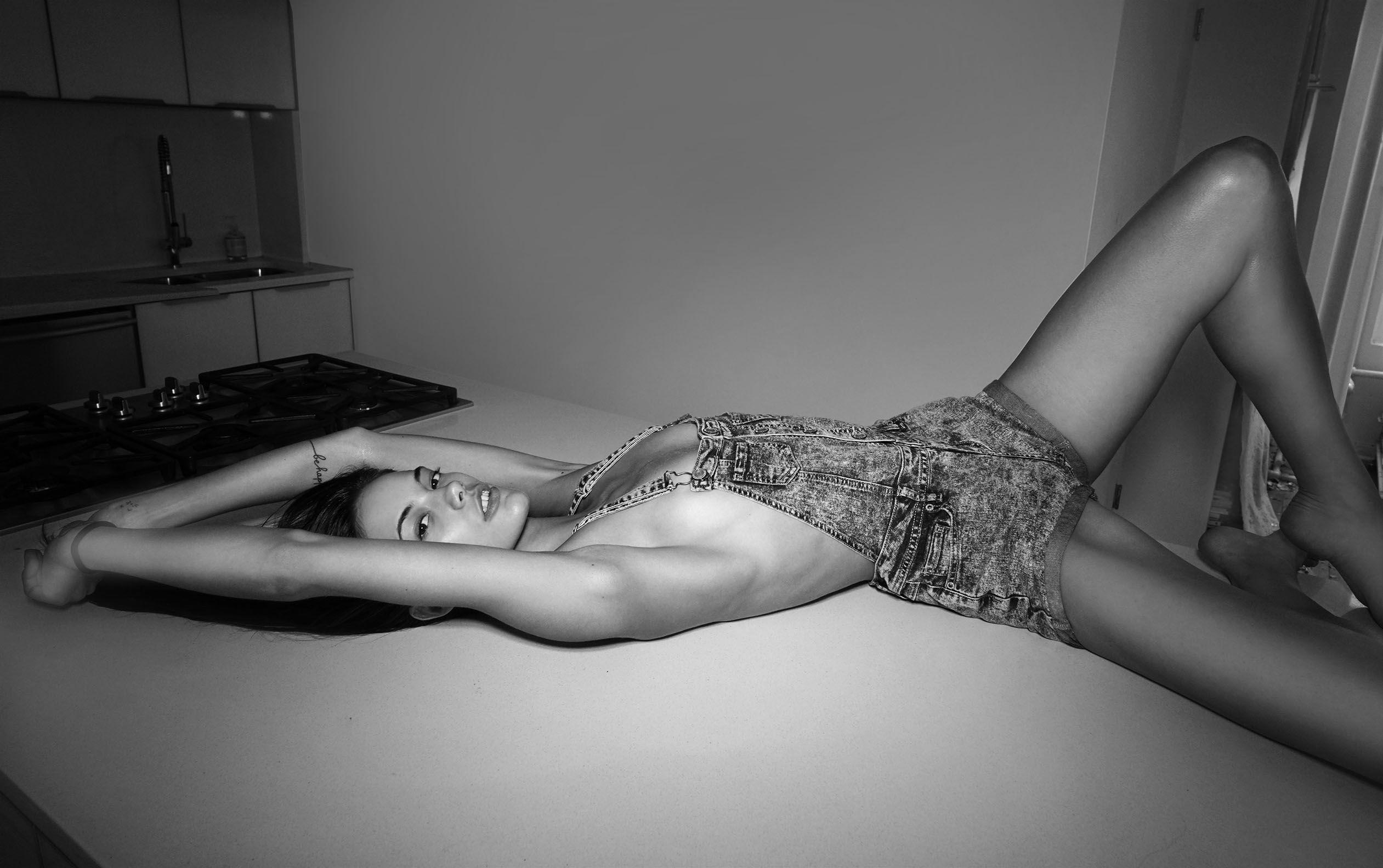 Anja Leuenberger Topless ...