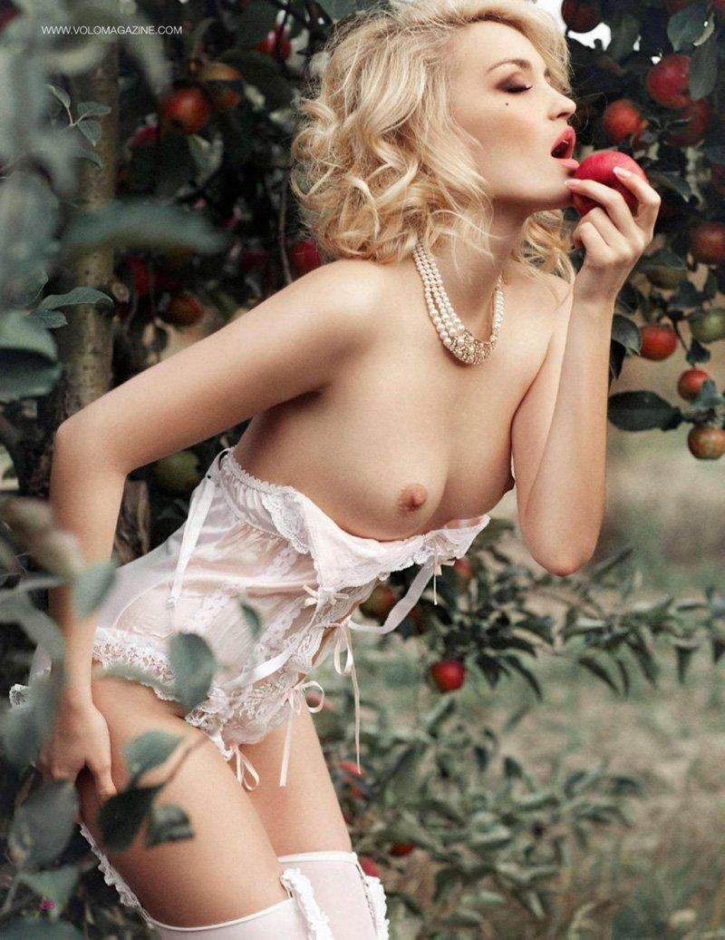 Anna Barendregt Naked Pic...