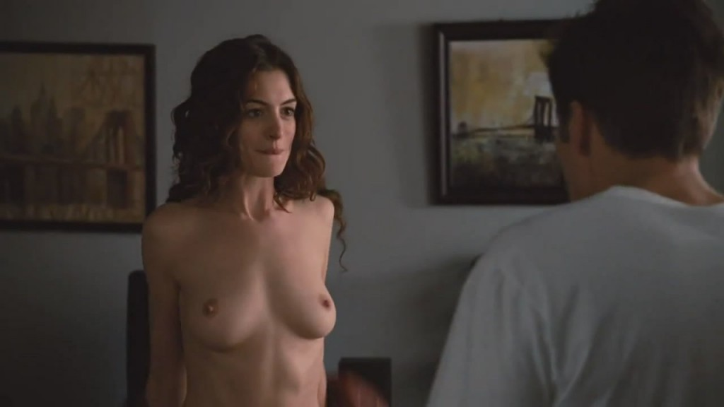 Anne Hathaway Naked Tits
