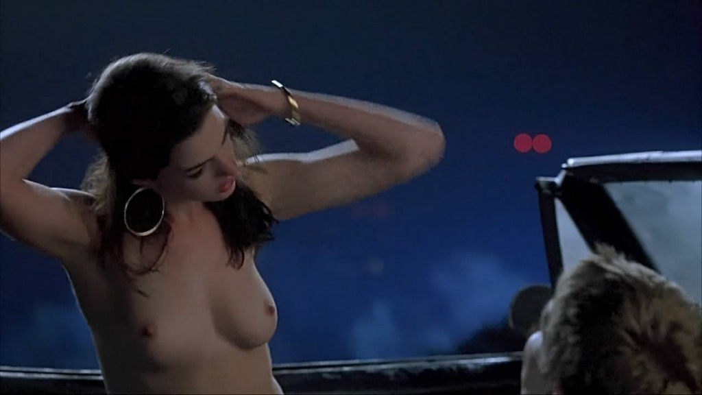 Anne Hathaway Topless Pic...