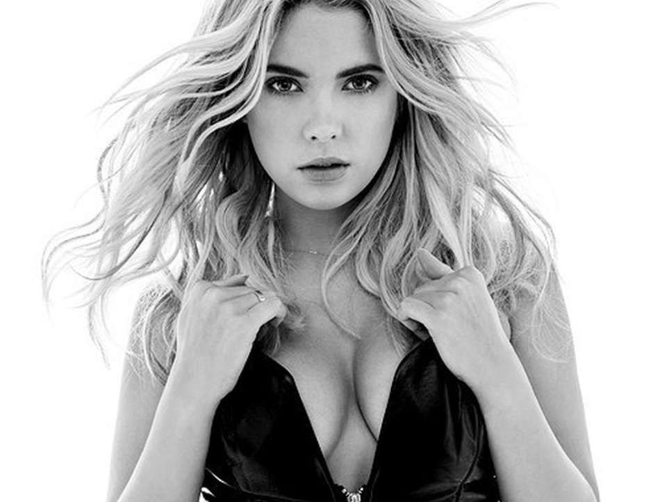 Ashley Benson Sexy Photos
