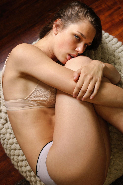 Sexy Pics Of Aspen Maye