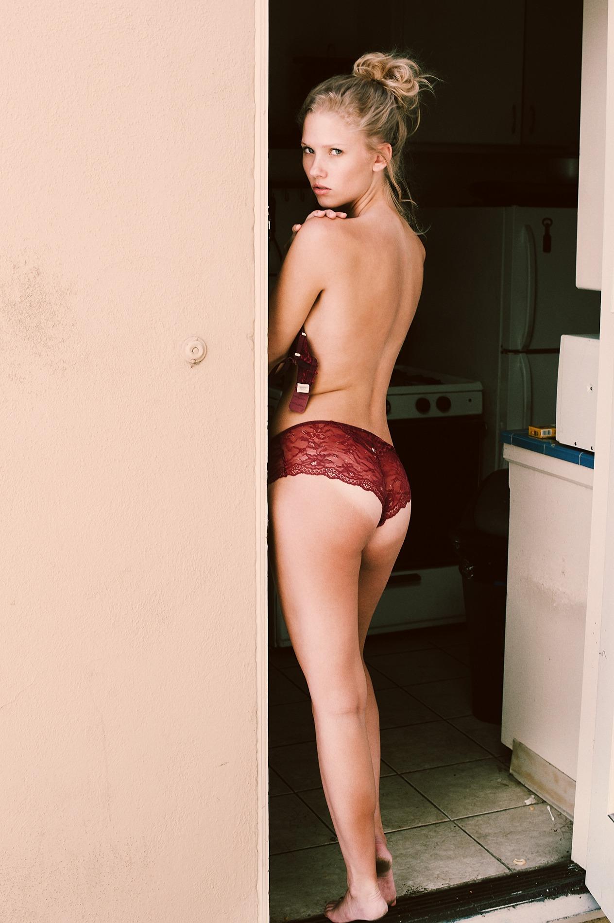 Berit Birkeland Topless P...