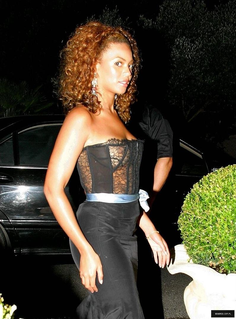 Beyonce See-thru Pics