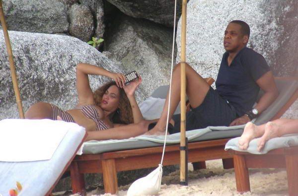 Beyonce Paparazzi Photos