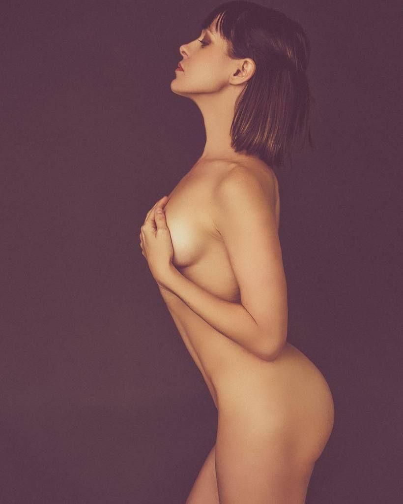 Brea-Grant-Nude-1