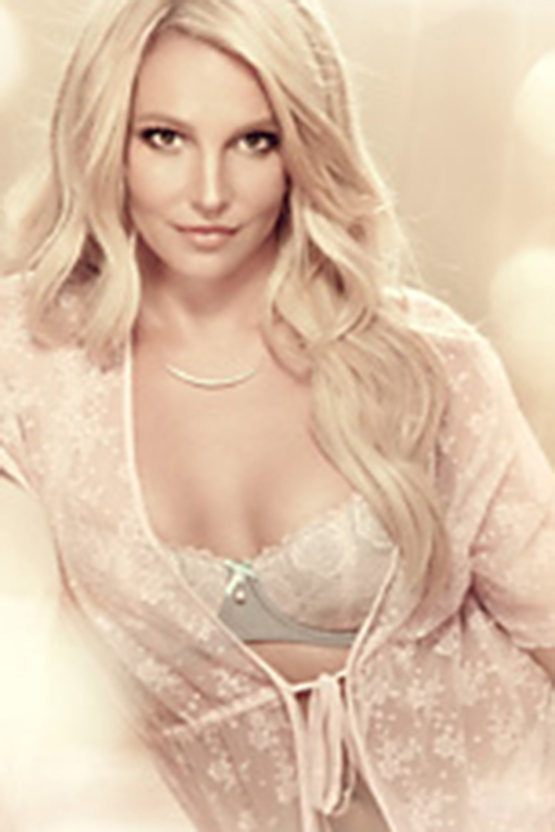 Britney Spears In Lingeri...