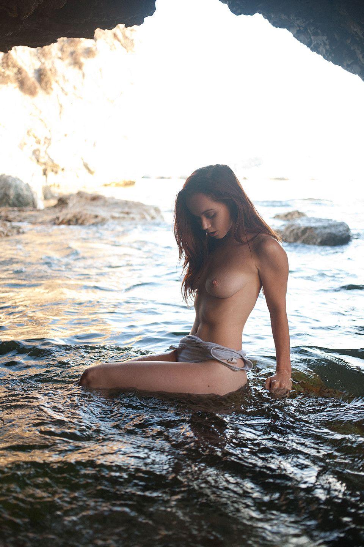 Brooke Eva Nude Photoshot