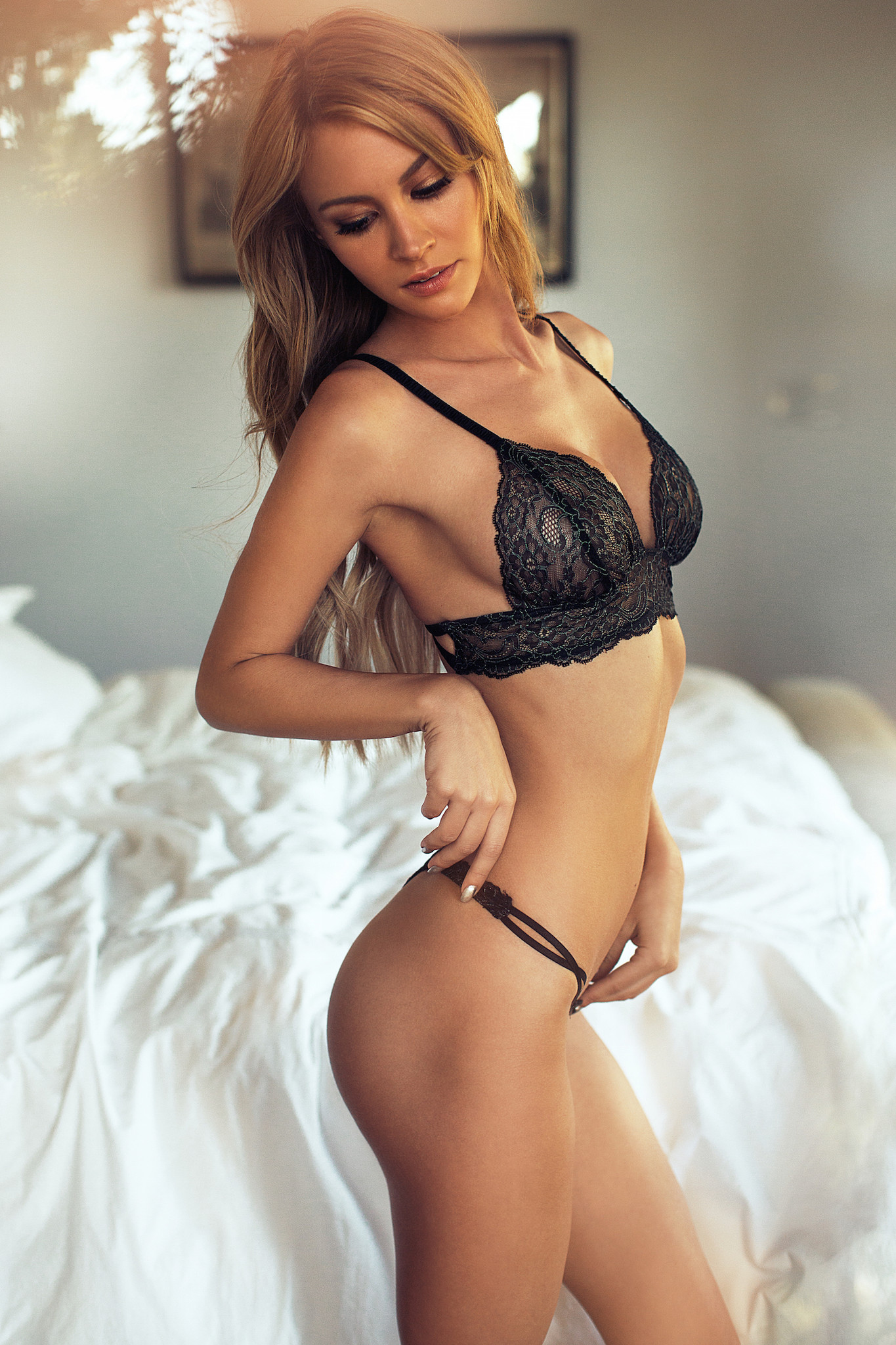 Bryana Holly Lingerie Pho...