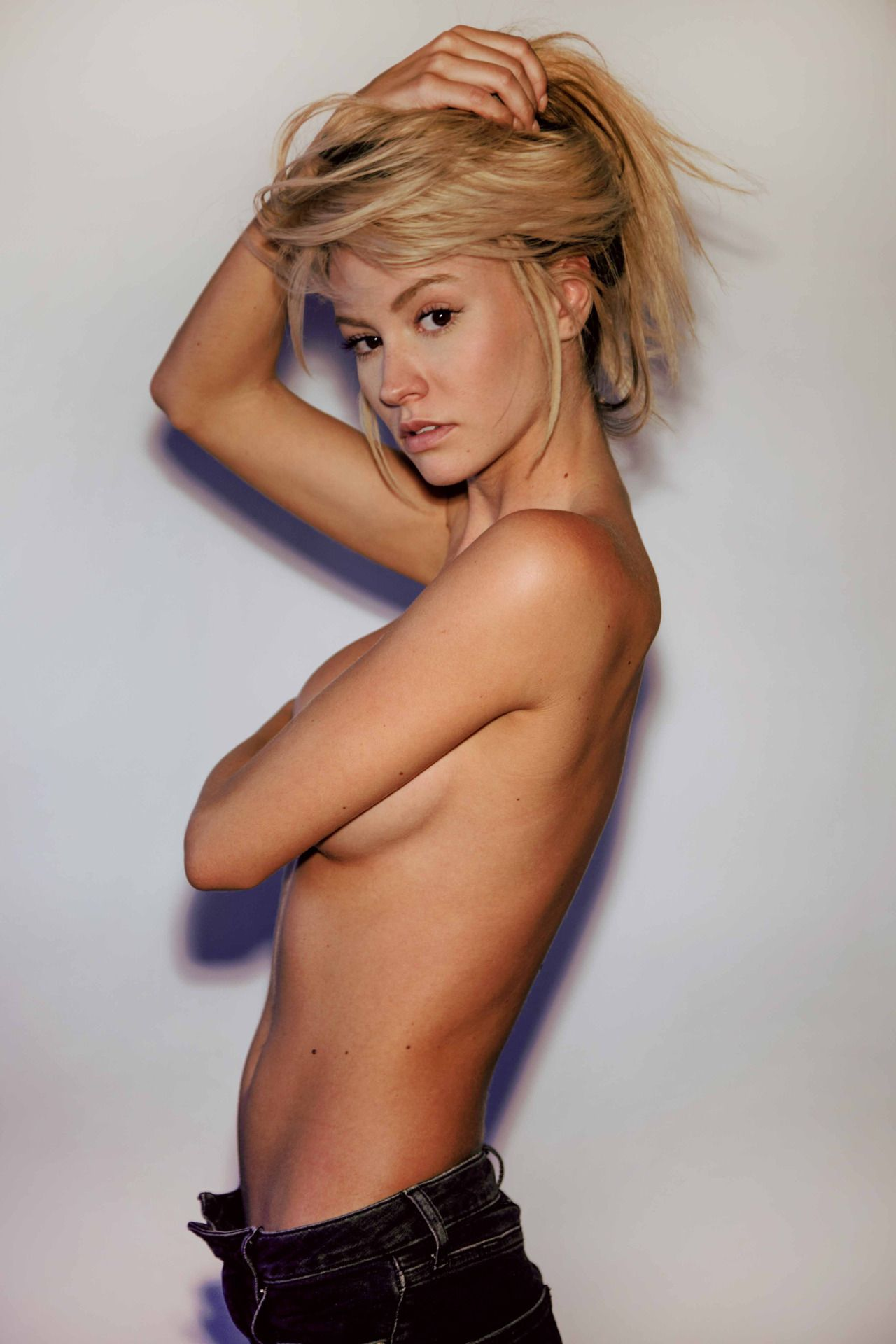 Bryana Holly Topless Phot...