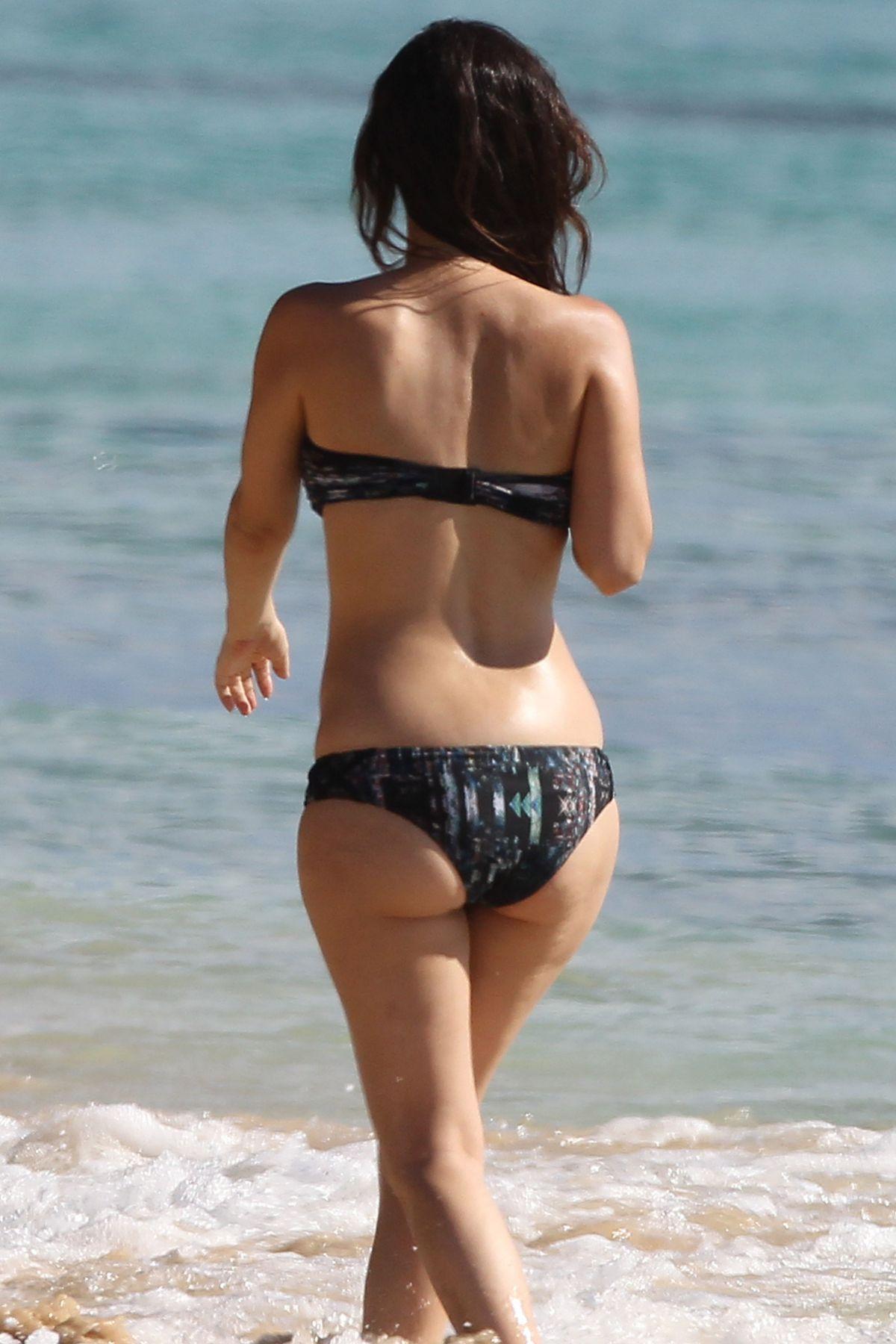 Rachel Bilson Bikini
