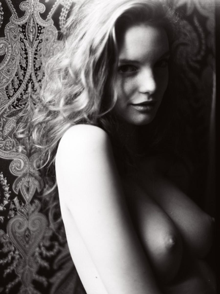 Clara Settje Sexy Photosh...