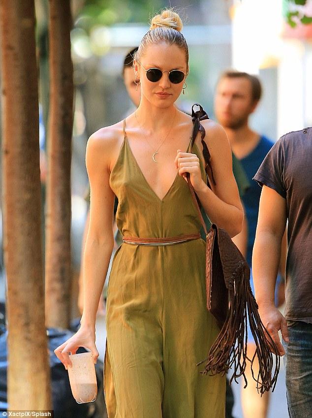 Candice Swanepoel – Braless (2)