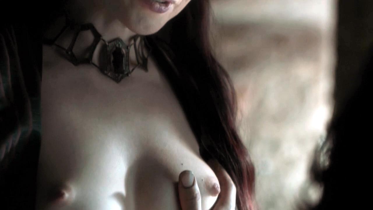 Carice Van Houten Topless...