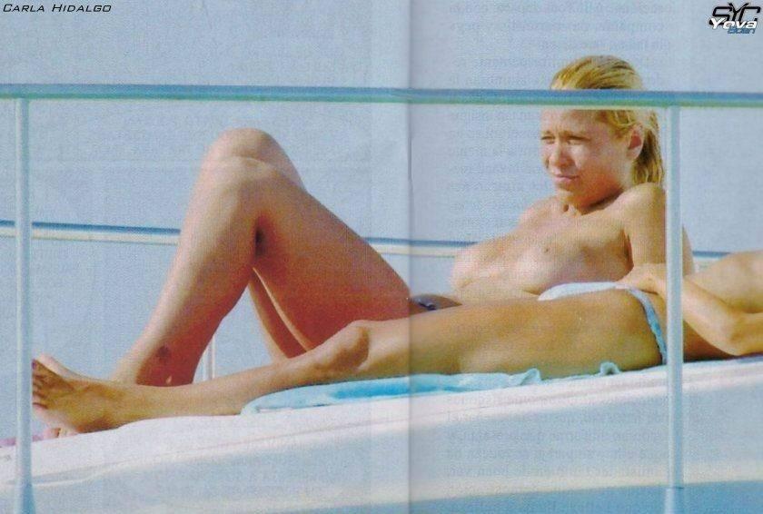 Carla Hidalgo Topless Sun...