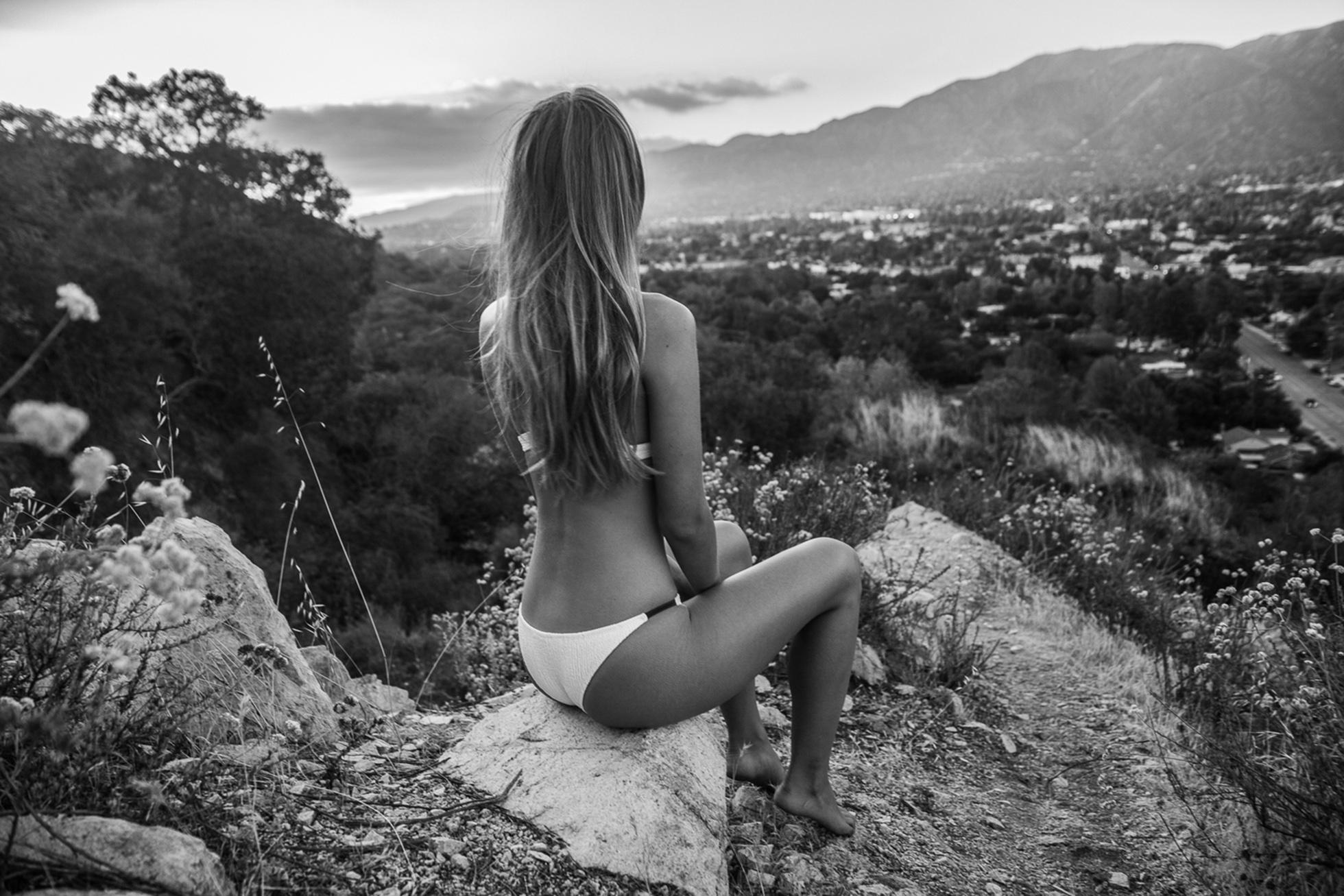 Carmella Rose Bikini Phot...