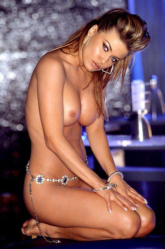Nude Pics Of Carmen Elect...