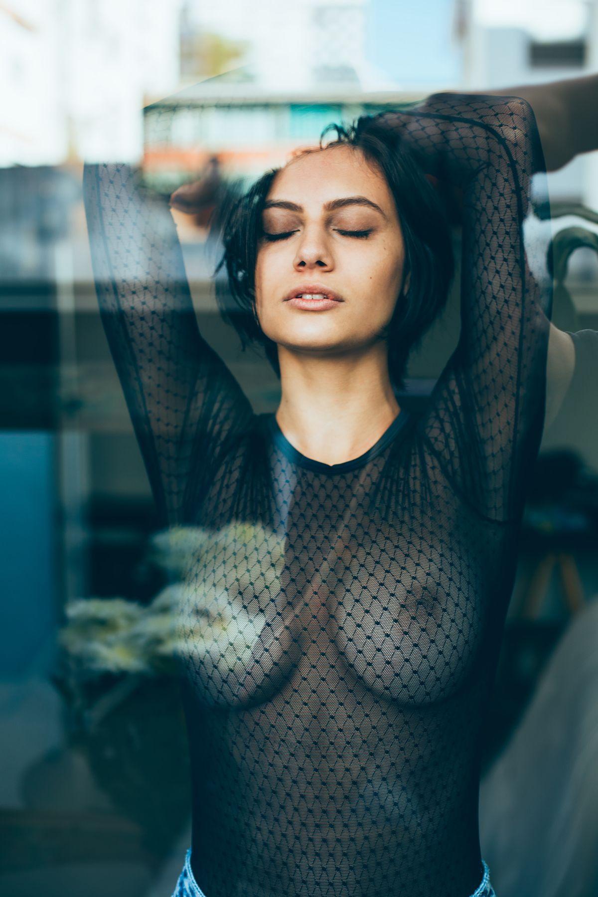 Nude Pics Of Carol Geremi...