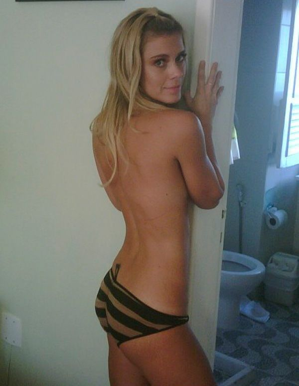 Carolina Dieckmann Naked