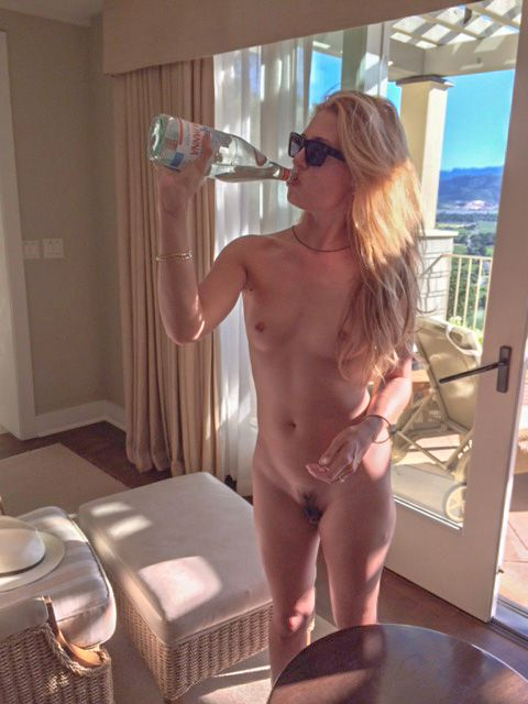 Cat Deeley Naked In Hotel