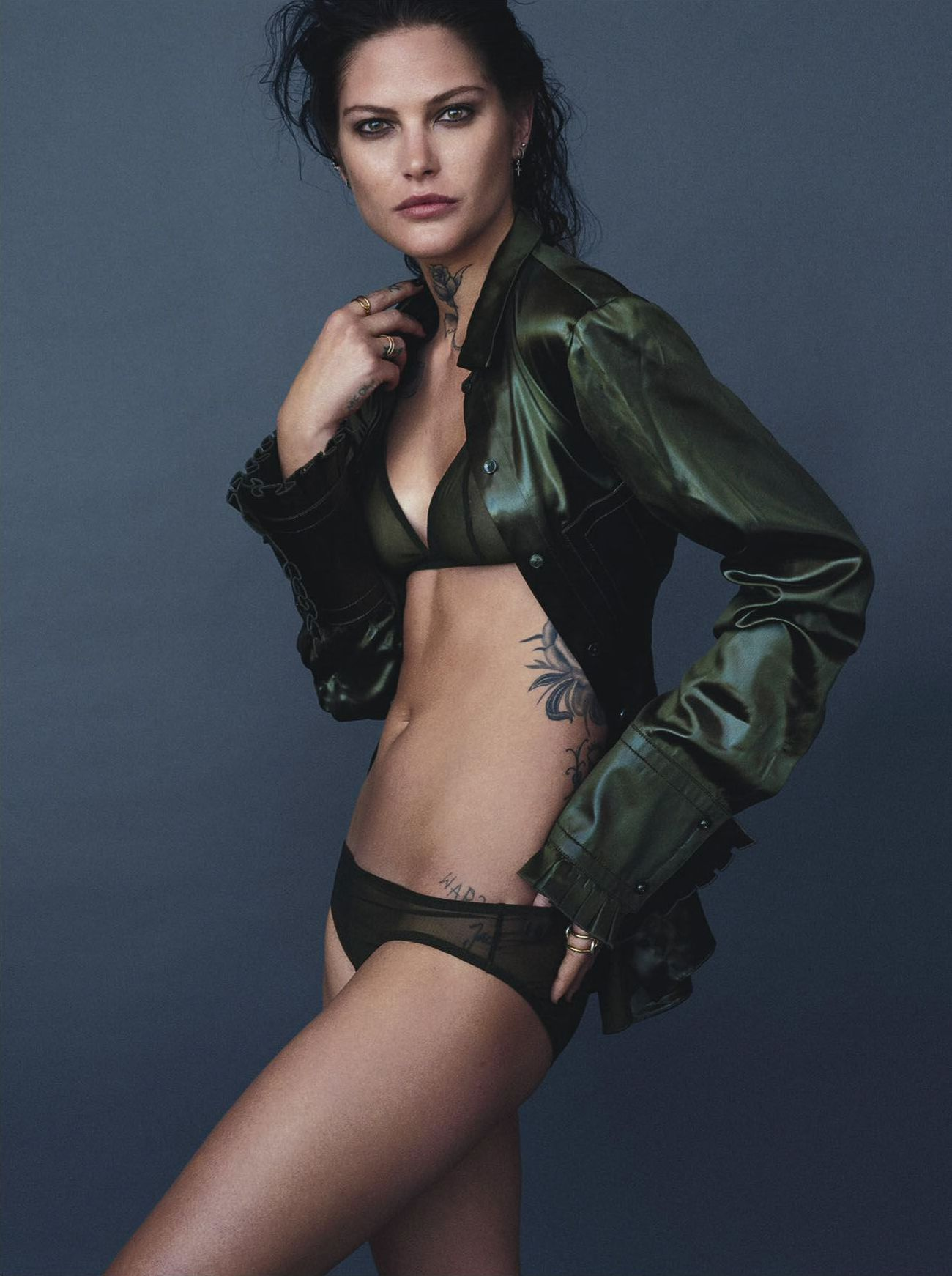 Catherine Mcneil Sexy Pho...