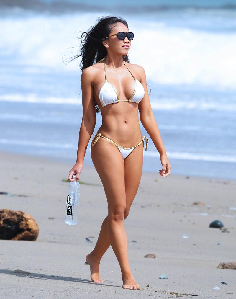 Caya Hefner Bikini Pics