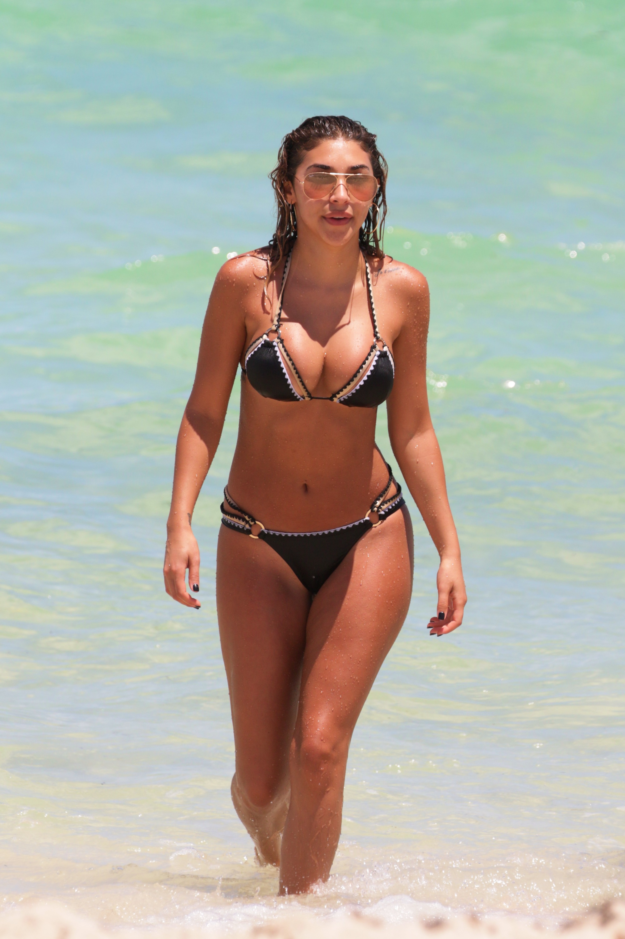 Chantel Jeffries Sexy Pho...
