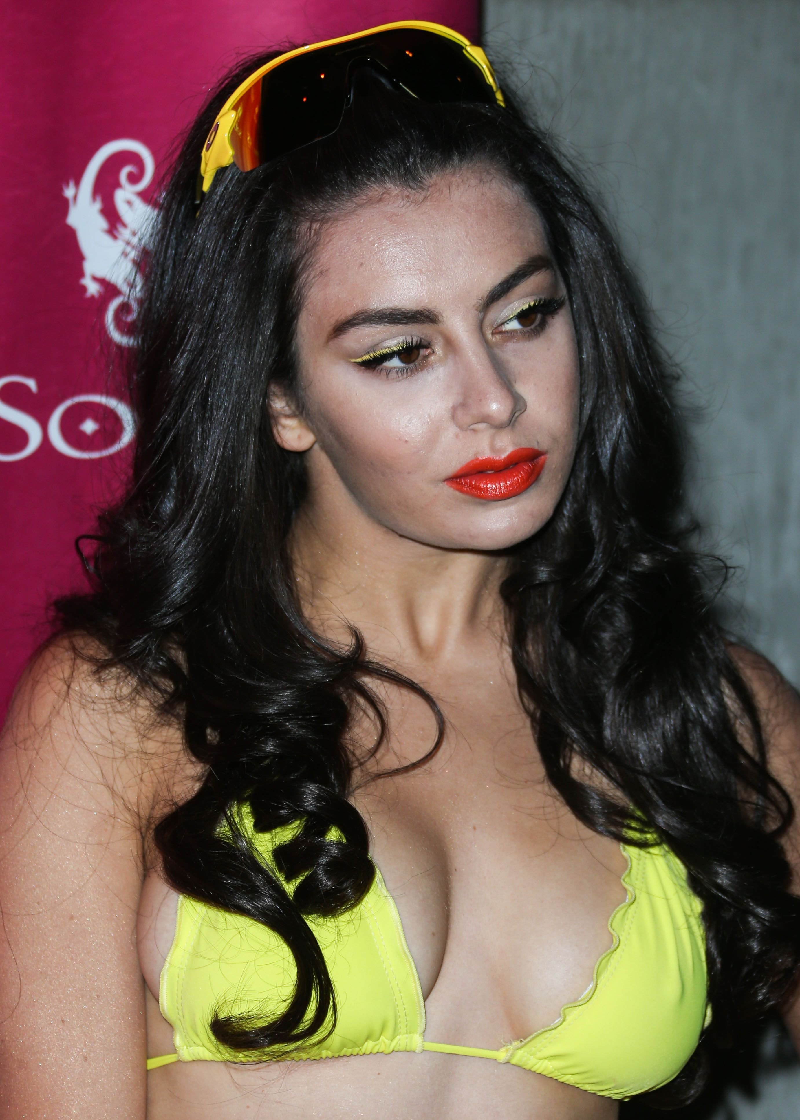 Sexy Photos Of Charli Xcx