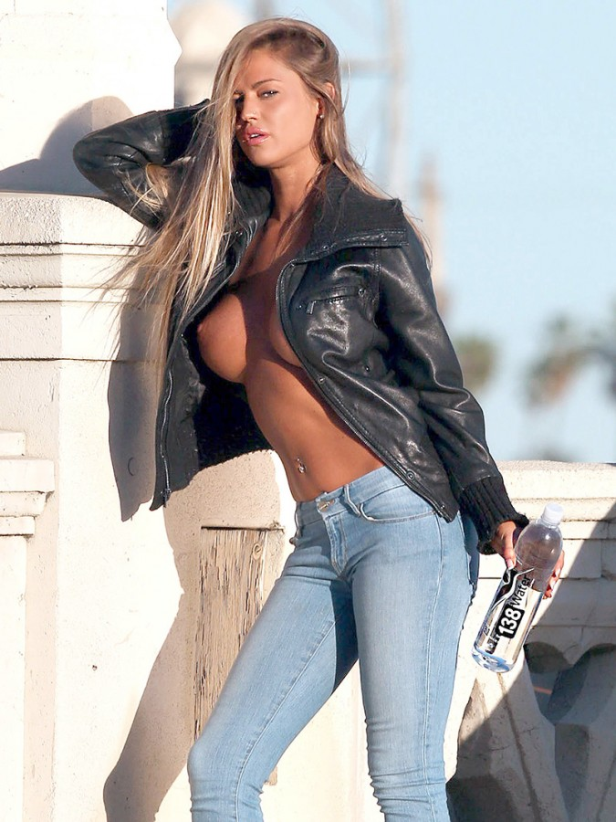 Charlie Riina Topless photoshoot 1