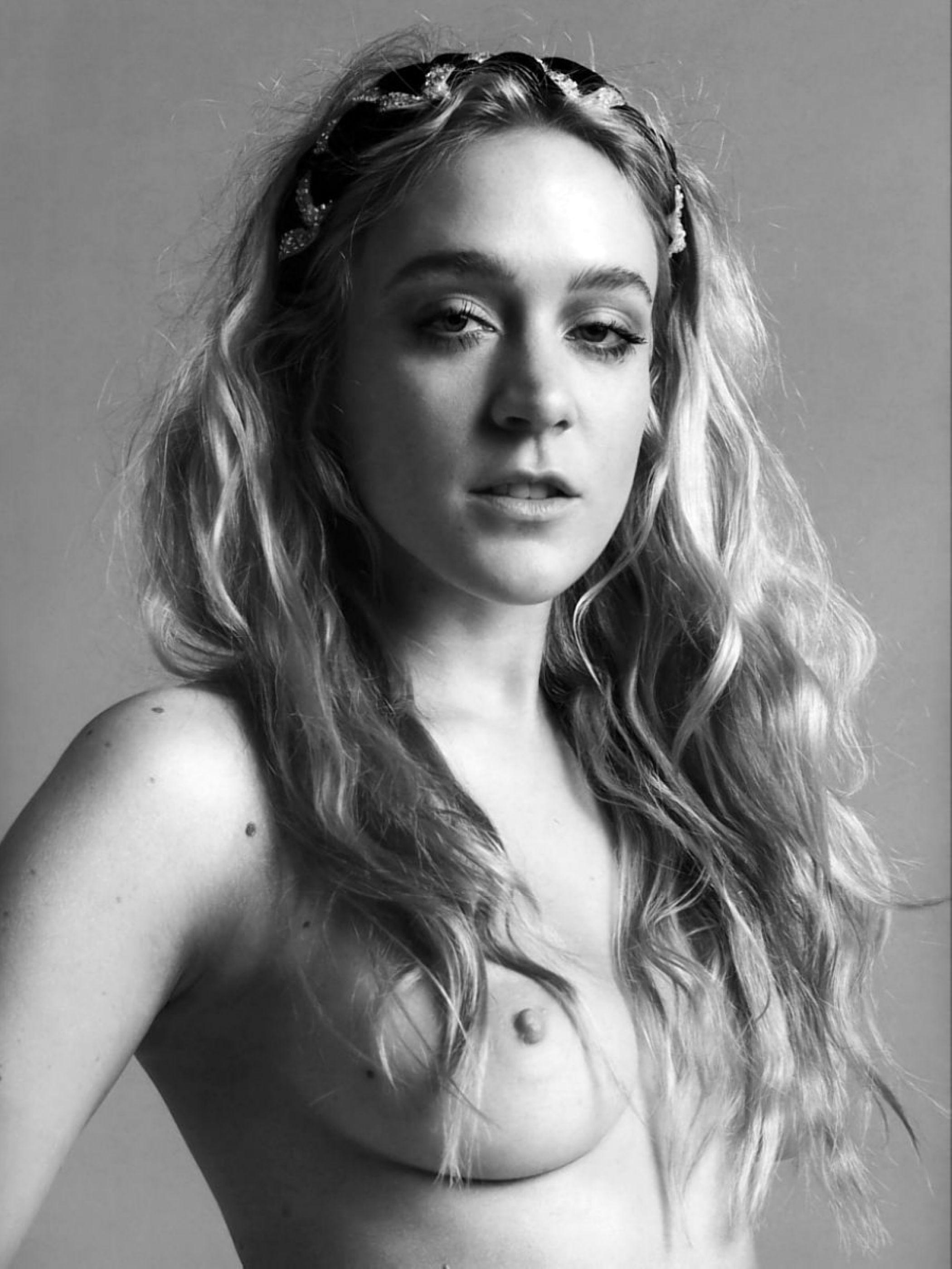 Naked Pics Of Chloe Sevig...