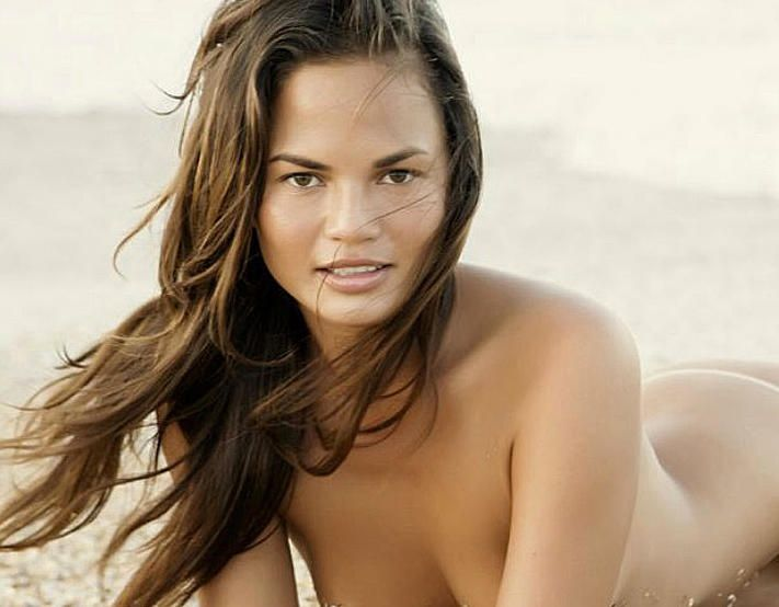 Naked Photos Of Chrissy T...